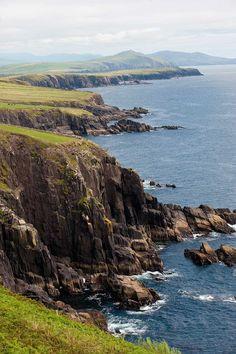 Dingle peninsula, Co Kerry, Ireland My favorite part of the Emerald Isle <3