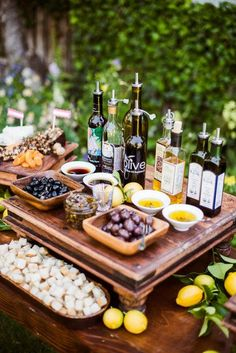 Bread and Olive Oil Bar// great idea!