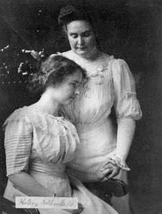 Helen Keller and Anne Sullivan Macy.jpg