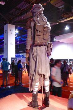 Star Wars: The Force Awakens Rey costume back