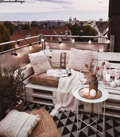 Your Furniture & Interior Online Shop WestwingNow Small Balcony Design, Small Balcony Decor, Patio Design, Tiny Balcony, Small Terrace, Outdoor Balcony, Terrace Garden, Design Design, Apartment Balcony Decorating