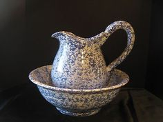 BYBEE  POTTERY KENTUCKY BLUE WHITE SPONGEWARE PITCHER & BOWL WASH BASIN SET LARG