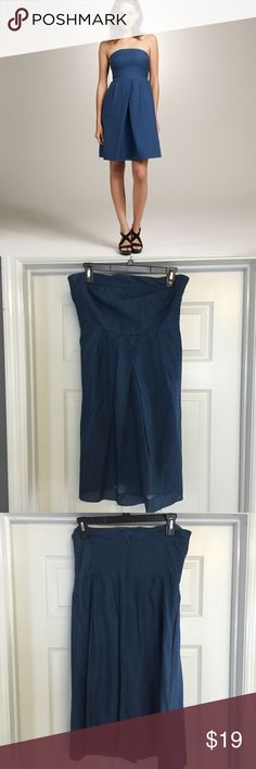 💋 J. Crew Lorelei strapless blue dress J crew Lorelei beach dress in embossed silk and cotton. Back zipper. Excellent condition. J. Crew Dresses Strapless