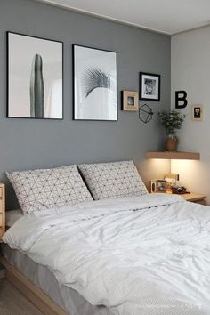 Small Bedroom Ideas - Master bedroom doesn't have to be huge if you don't have enough space.Do you need some inspiration of small master bedroom decorating ideas that fit with your style and space? Bedroom Colors, Home Decor Bedroom, Simple Bedroom Decor, Bedroom Art, Girls Bedroom, Simple Bedroom Design, Ikea Bedroom, Bedroom Wallpaper, Decor Room