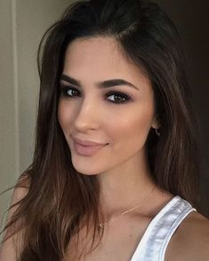 55 Simple Makeup Ideas for Brown Eyes That You Have To Try - Natural makeup tips - Brautjungfern make-up Natural Makeup Tips, Natural Makeup For Brown Eyes, Wedding Makeup For Brown Eyes, Makeup Looks For Brown Eyes, Fall Makeup Looks, Natural Wedding Makeup, Wedding Hair And Makeup, Bridal Makeup, Hair Makeup