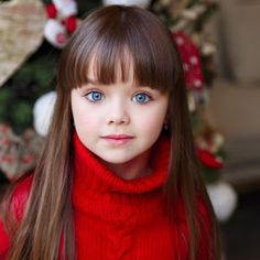 Russian Six-Year-Old Girl Anastasia Knyazeva Is Called The Most Beautiful Child In The World Most Beautiful Child, Beautiful Children, Stunningly Beautiful, Trendy Haircuts, Haircuts With Bangs, Anastasia Knyazeva, Little Girl Haircuts, Little Girl Bangs, Cute Little Girls