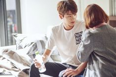 "Park Hyung Sik And Park Bo Young Get Close In Latest Stills For ""Strong Woman Do Bong Soon"" 