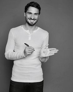 Handsome and adorable Beautiful Smile, Gorgeous Men, German National Team, Mats Hummels, Dfb Team, Germany Football, European Soccer, Football Is Life, Soccer Boys