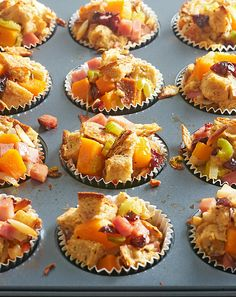 Rosemary, Cherry and Ham Stuffing Cups: A fusion of flavors— tart cherries, earthy rosemary, savory butternut squash—give this classic side dish a fun, punchy twist. Slivered almonds add crunch to the tender muffin. Tasty Mac And Cheese, Oven Roasted Peppers, Muffin Tin Recipes, Ham Recipes, Camping Recipes, Quick Recipes, Recipies, Phyllo Cups, Muffins