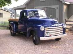 '52 Chevy...If only my '51 looked this good.