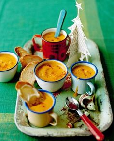 Hearty Soup Recipes | Best Homemade Christmas Recipes You Can Serve Your Loved Ones | https://homemaderecipes.com/homemade-christmas-recipes/