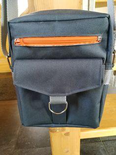 Sacoche Jive en toile à sac grise et zip orange cousue par Marion - Patron sacoche Sacôtin
