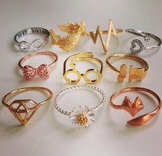 Diamond JewelryYou are going to buy this? Diamond Jewelry Giraux Fine Jewelry 35 Pieces Of Gorgeous Jewelery Diamond Necklace Designs Cute Jewelry, Jewelry Accessories, Fashion Accessories, Fashion Jewelry, Fashion Rings, Gold Jewelry, Fashion Eye Glasses, Hunting Accessories, Pandora Jewelry