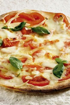 Pizza Margherita with Tomato & Basil #Recipe. Ready in 25 minutes!