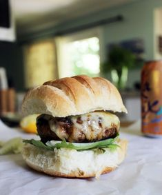 Spicy Turkey Burgers + Garlic Lemon Mayo Spicy Turkey Burgers with Garlic Lemon Mayo are the perfect healthy burger for a cookout or sandwich night! This turkey burger is a perfect kid-friendly meal. Baked Turkey Burgers, Ground Turkey Burgers, Greek Turkey Burgers, Turkey Burger Recipes, Chicken Recipes, Healthy Ground Beef, Ground Meat, Sweet Potato Buns, Gastronomia
