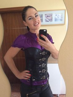 madamesarka : Almost ready for a party ���� more pix from the party later on. http://t.co/dKsMWaxeW9 | Twicsy - Twitter Picture Discovery