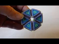 second beaded kaleidocycle - not a tute - just some visual fun.