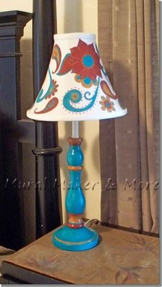 Paisley Thrift Store Lamp Makeover, The Effective Pictures We Offer You Abo Painting Lamp Shades, Painting Lamps, Funky Painted Furniture, Paint Furniture, Home Design, Lamp Makeover, Lamp Redo, Or Noir, Lounge Chair