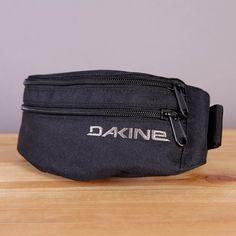 Czarna nerka biodrówka Dakine saszetka Classic Hip Pack Black