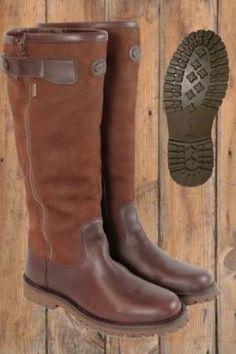Hunter Original Short Rain Boot Shoes (320 PLN) ❤ liked on ...