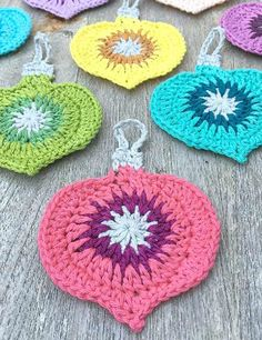 Crochet Patterns Christmas Cute Free Crochet Christmas Ornaments Patterns To Decorate Your Tree Crochet Christmas Decorations, Crochet Christmas Ornaments, Christmas Crochet Patterns, Holiday Crochet, Crochet Gifts, Christmas Crafts, Crochet Ornament Patterns, Christmas Bells, Felt Christmas