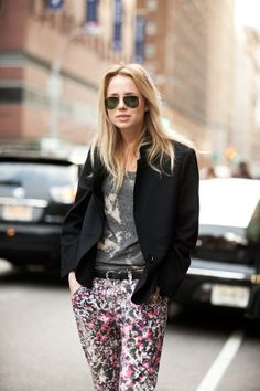 how to dress up a tee? floral jeans and a black blazer