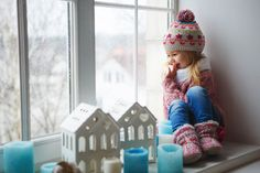 Looking for winter shows for preschoolers or kindergarten aged children? These titles available on Netflix streaming are perfect for pulling together a winter unit study for your family. Grab your favorite winter kids crafts, activities and books and you' Fun Indoor Activities, Winter Activities, Family Activities, Learning Activities, Toys For Tots, Netflix Streaming, Winter Kids, Christmas Wrapping, Royalty Free Images