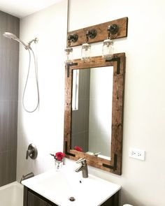 New bathroom ideas mirror mason jars 20 ideas Rustic Vanity, Rustic Mirrors, Rustic Bathroom Decor, Bathroom Styling, Mason Jar Light Fixture, Mason Jar Lighting, Vanity Light Fixtures, Hanging Light Fixtures, Bathroom Red