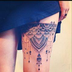 Hermoso ligero tatuaje