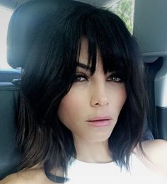 Obsessing over the beautiful Jenna Dewan Tatum's A-line soft shag with bangs   : @kristin_ess #tensalonpvb #celebstyle #summercuts