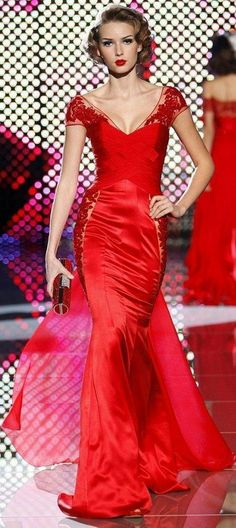 Zuhair Murad--this goes at the top of my list for fave Murad designs. Sweet!