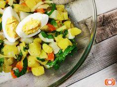 bramborový salát s řepkovým olejem Cobb Salad, Food, Essen, Meals, Yemek, Eten