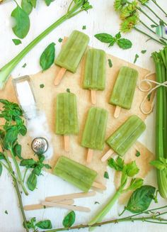 Sweet and Salty Celery Popsicles. These pops are super refreshing. The basil simple syrup makes them bright but the celery and salt tones down the fact that they are much sweeter than my usual recipe. I think you will be surprised. Frozen Desserts, Frozen Treats, Mantecaditos, Popsicle Recipes, Ice Pops, Sweet And Salty, Fresh Fruit, Fresh Green, Fresh Basil