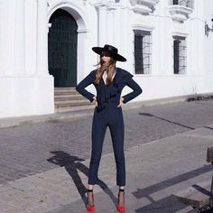 hairulajla #andreeadiaconu#voguespain#model#fashion#ilovemodel#ilovefashion#instamodel#instafashion#whybother#beyourself 2017/02/27 19:26:38