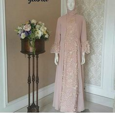 Referensi model yaa Made by order-bs reques warna n size bs couple bs dbkin busana muslimah UTK ORDER SMS/WA: Line : # Dress Brukat, Hijab Dress Party, Batik Dress, The Dress, Dress Outfits, Dress Brokat Muslim, Dress Pesta, Muslim Dress, Abaya Fashion