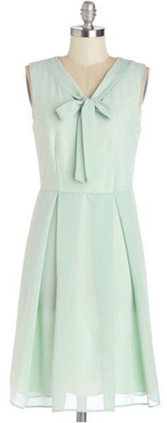flowy light #mint dress http://rstyle.me/n/iba8sr9te