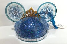 Disney Parks Princess Elsa from Frozen Mickey Mouse Ears Hat Ornament: disney parks frozen elsa ear hat ornament with glitter accent resin measures app. w x 2 h with ribbon for hanging limited by artist costa alavezos new with tag Frozen Ornaments, Disney Ornaments, Mickey Mouse Ears Hat, Disney Mickey Ears, Disney Princess Frozen, Elsa Frozen, Disney Christmas, Disney Holidays, Christmas Fun