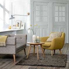 Okergoud: Doe jij al mee aan deze trend? Met Sofacompany's Anne fauteuil haal je deze mooie trend makkelijk in huis! Styled by @altinterior #sofacompanynl #deensdesign