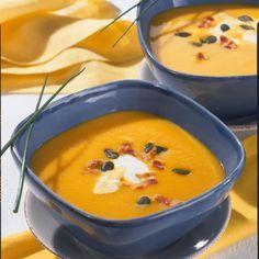 Kürbis-Kartoffel-Möhren-Suppe Rezept | LECKER