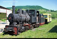 Online railroad photo database, featuring thousands of high-quality photographs of trains, railroads, railroad scenes, and more. Diesel, Railway Museum, Train Engines, Cold Steel, Steam Engine, Steam Locomotive, Romania, Vintage Trains, Trains