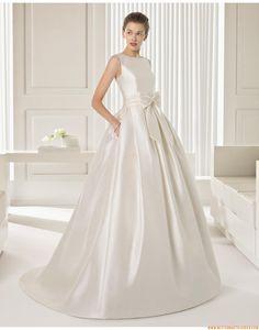 2015 A-linie Exklusive Ausgefallene Brautkleider aus Taft mit Schleppe