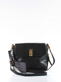 Stunning and sophisticated Marc Jacobs crossbody handbag. Pre-owned, new with tags at 35% off retail via @thredup