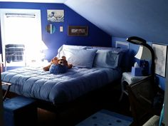 Blue Room's queen bed, 2016 photo. Blue Rooms, B & B, Queen Beds, Heaven, Couch, Furniture, Home Decor, Blue Bedrooms, Sky