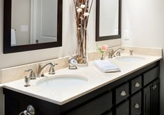 Crema Marfil Shower Design, Pictures, Remodel, Decor and Ideas - page 4 Formica Countertops, Vanity Countertop, Marble Counters, Master Bath Vanity, Counter Design, House Design Photos, Black Cabinets, Bath Vanities, Bathroom Inspiration