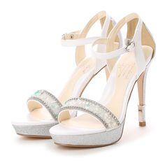 ミスティック グロウ MISTIC GLOW ラインストーンビジューサンダル (WH) -靴とファッションの通販サイト ロコンド