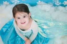 Disney Frozen photoshoot child session in my Lancaster, PA studio! I had the perfect little Elsa!