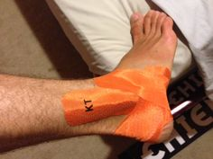 KT Tape ankle stability app - photo courtesy of our friend Marius from www.Blackroll.com ⭐