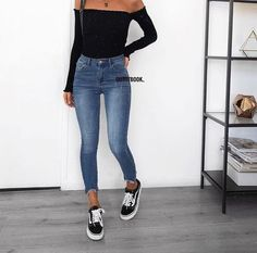 Jeans outfit, basic outfits, casual jean outfits, mode outfits, out Basic Outfits, Cute Casual Outfits, Mode Outfits, Fashion Outfits, Hijab Casual, Ootd Hijab, Hijab Chic, Jeans Fashion, Swag Outfits