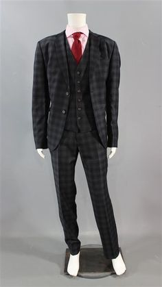 This isStan Gutterie's (Billy Zane) Screen Worn Wardrobe Set. Size: Jacket : 7 / Vest : 7 / Pants 36x32. Item: 3 Piece, Single-Breasted Suit, Long Sleeve, Button-Front Shirt & Tie. Episode 101. The components of this wardrobe set have been previously worn during production. | eBay!