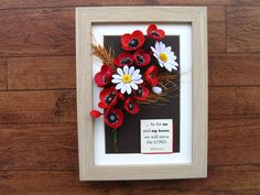 Quilled poppies, daisies and wheat (on a 15x20 cm frame)